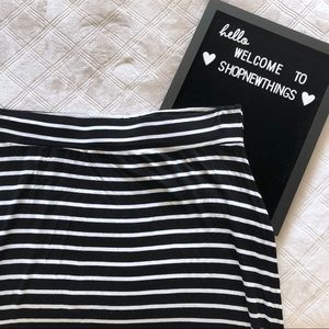 A.n.a | 4/$25 Striped Maxi Skirt size 2X